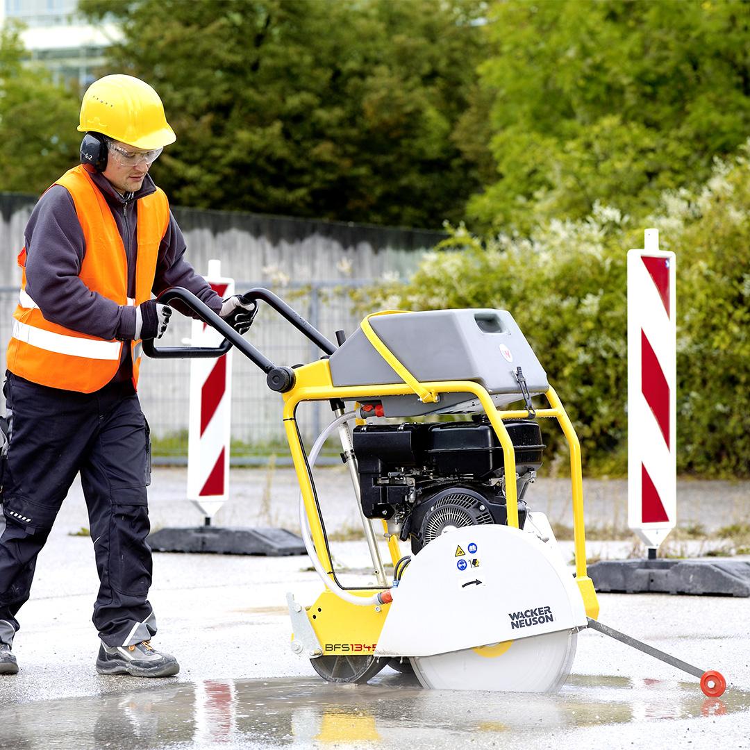 Noleggio: Macchine taglio calcestruzzo, pietra e mattoni, asfalto e legno