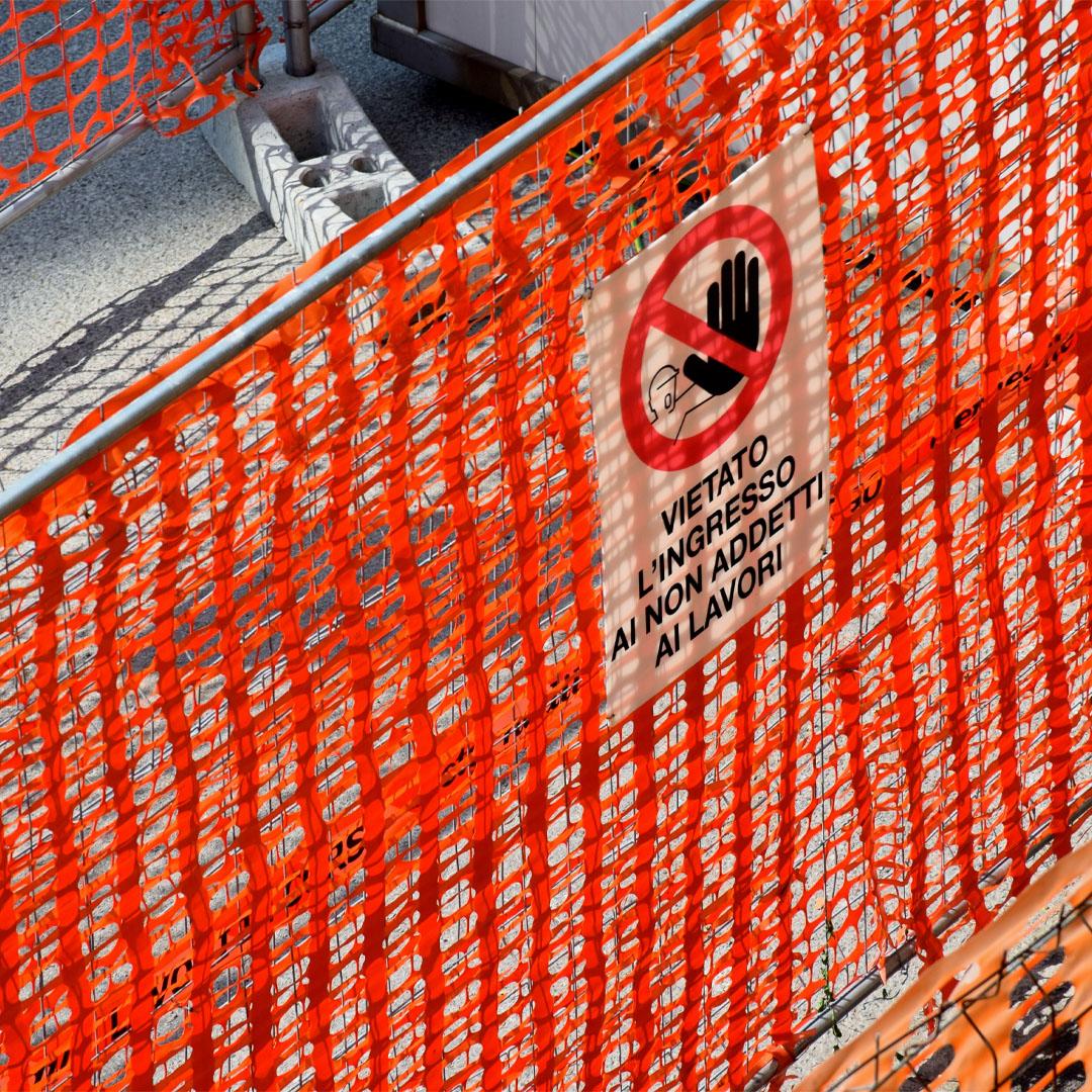 Noleggio: Reti da recinzione e impianti semaforici
