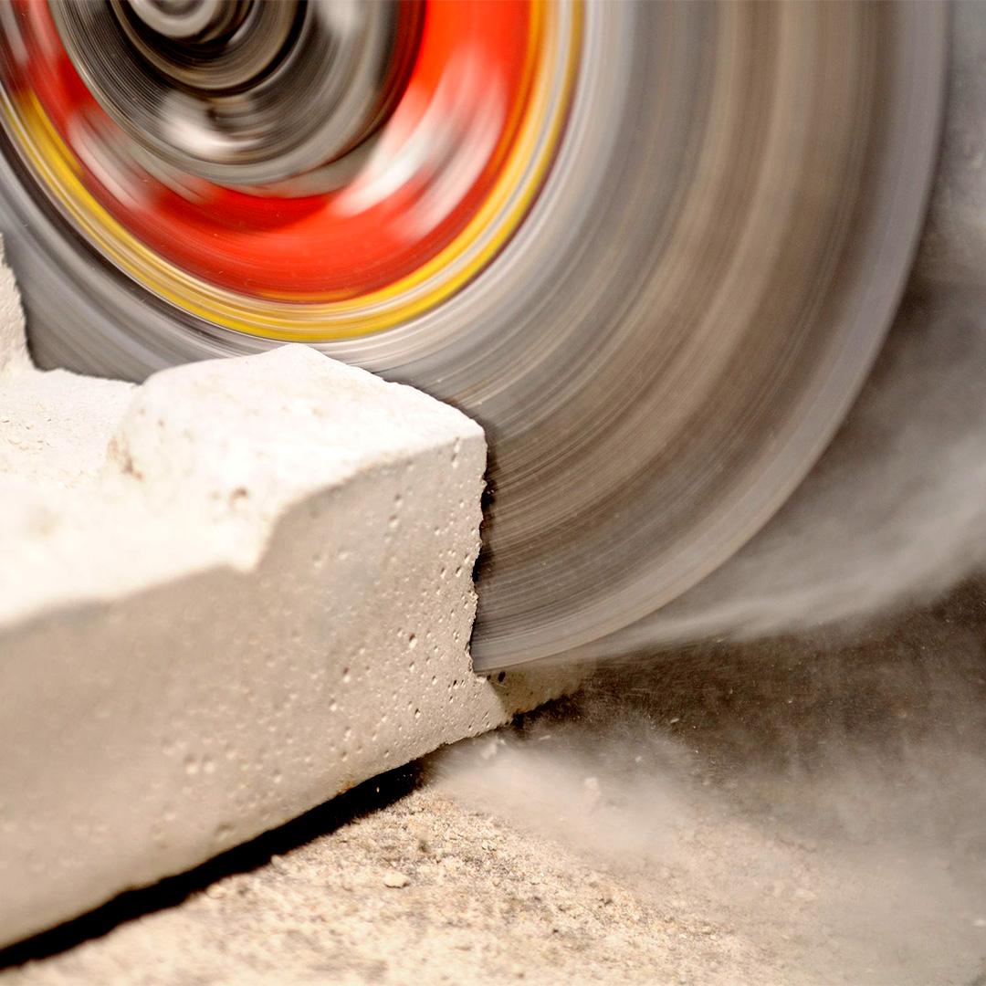 Macchine per il taglio di calcestruzzo, pietra e asfalto